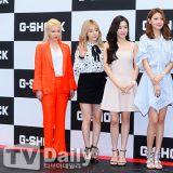 少女时代太妍、秀英、TIFFANY、Sunny、孝渊出席品牌粉丝签名会