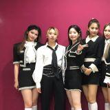 TWICE 今日雙喜臨門 同時拿下女團品牌評價+《人氣歌謠》冠軍!