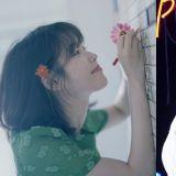信聽歌手IU獲得韓國大學生票選最喜歡歌手一位