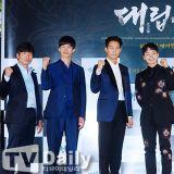 李政宰、呂珍九、金武烈等出席主演電影《代立軍》媒體試映會