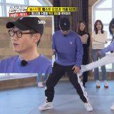 《Running Man》Apink普美变瘦后,「踢腿」能力是否跟著变弱了呢~?