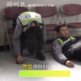 tvN新劇《LIVE》拍攝花絮搶先看 鄭有美誤踢李光洙頭頂但下一秒OPPA舉動超暖