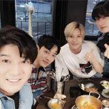 SJ銀赫、神童、SHINee泰民、Highlight起光合照引發熱議!原來是要一起拍攝新節目?