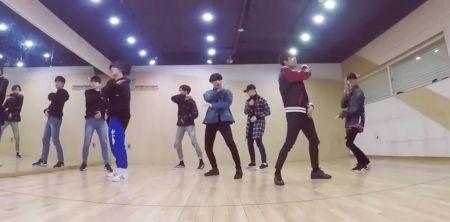 GOT7於V LIVE释出NEVER EVER舞蹈练习版本