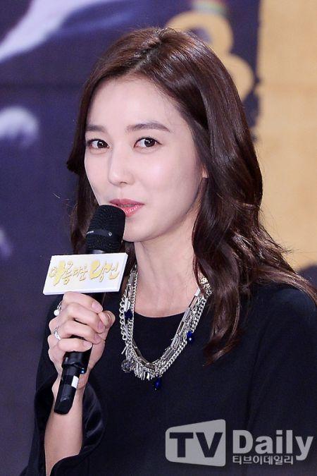 《美麗的你》發佈會 李素妍稱老公給予大力支援