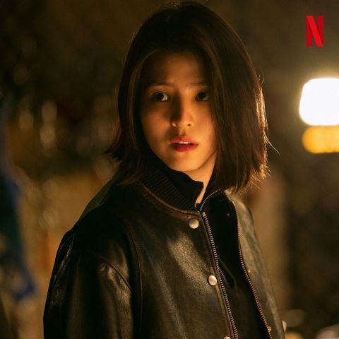 不断挑战各种角色!Netflix新剧《My Name》公开韩韶禧剧照,从清纯学生 ➝ 凶狠冷酷卧底!