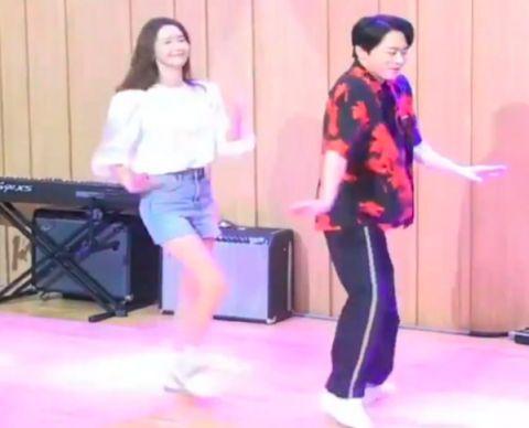 【有片】全能综艺人曹政奭舞技不输女团,连润娥的风头都被抢走了大半XD