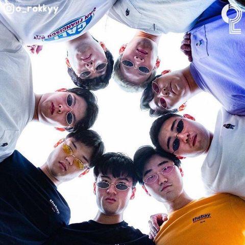 团体照人太多怎么拍? 8个大男孩教你拍出超有梗的出游照 - KSD 韩星网 -117649-745125