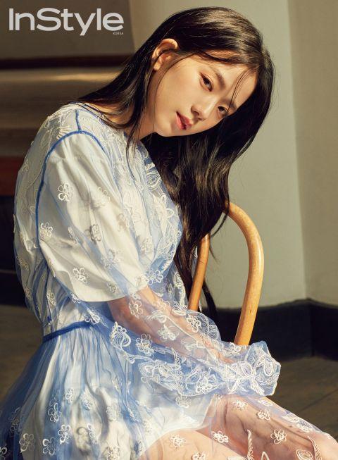 BLACKPINK Jisoo首次单独写真采访 少女风格真的清纯又温柔!