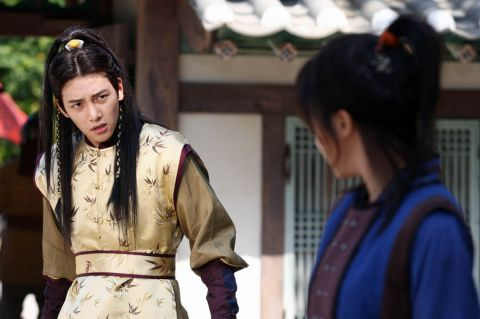 Photos of Ji Chang Wook as Yuan's Emperor Huizhong in