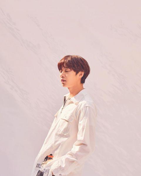 只要剪发就会引来「欢呼」的男偶像! SJ希澈着校服更新SNS 粉丝:「一早被帅醒了」 - KSD 韩星网 -116940-737504