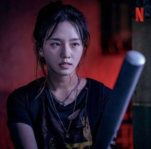 Netflix 惊悚剧《Sweet Home》冬天拍摄第二季!韩媒曝:「只有李施昤、朴圭瑛会继续出演新的一季」