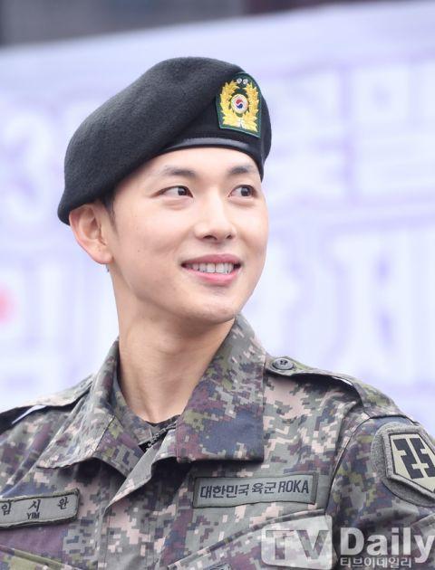 任时完服兵役享123天休假被指「艺人特惠」!但这次韩国网友都站在他这边 - KSD 韩星网 -117668-745322