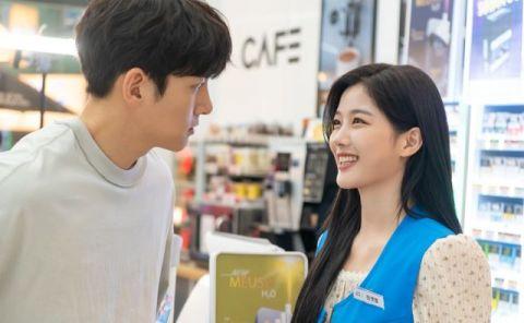 《便利店新星》金裕贞化身导演狂拍池昌旭,简直就是热恋中的小情侣啊!