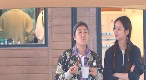 因与成东镒在《没关系,是爱情啊》的缘分...李圣经将作为第三位嘉宾出演综艺《带轮子的家》