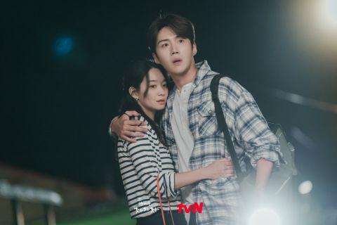 tvN 最懂观众的心!特别剪辑《海岸村恰恰恰》X《柔美的细胞小将》热吻KISS戏,恋爱细胞大复活~