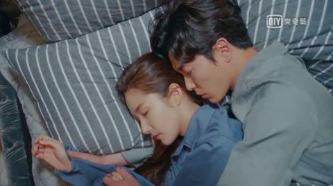 《她的私生活》也许很多人都猜到了,但当这一刻来临时还是留下了泪水! - KSD 韩星网 -116985-737974