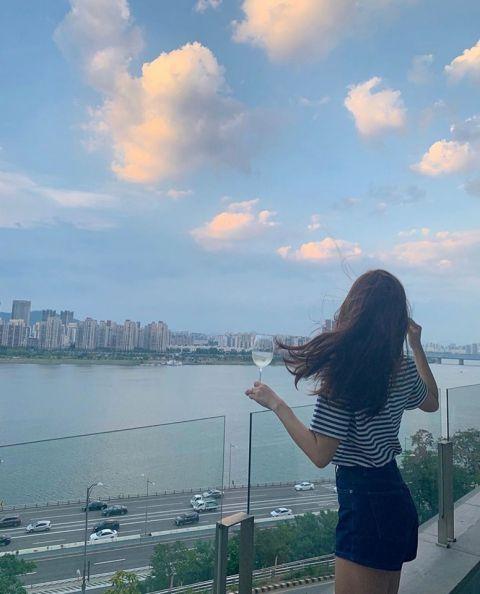 价值数十亿的豪景! Jessica & Krystal汉江边私宅曝光,邻居都是大牌明星~