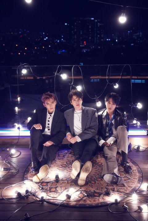 Super Junior-K.R.Y.成军14年首张实体专辑预告照公开