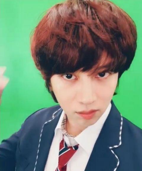 只要剪发就会引来「欢呼」的男偶像! SJ希澈着校服更新SNS 粉丝:「一早被帅醒了」 - KSD 韩星网 -116940-737514