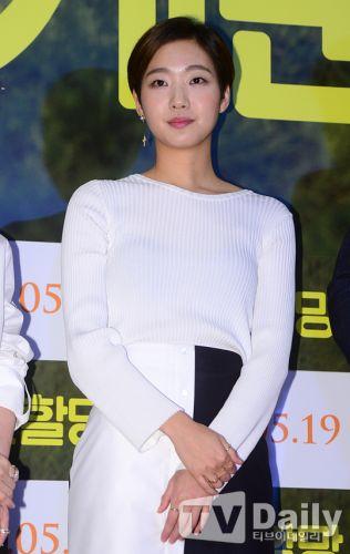 金高恩有望出演《鬼怪》搭檔孔劉