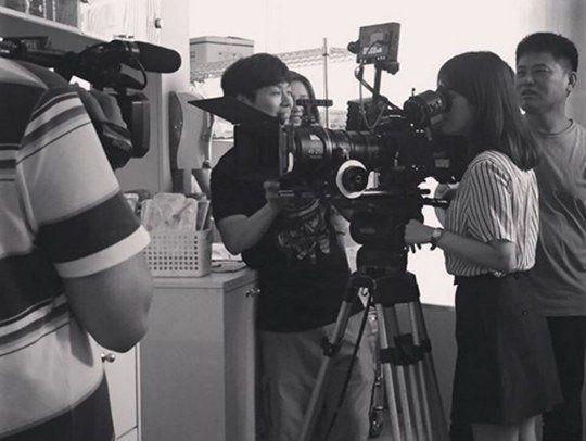 《太陽的後裔》拍攝現場照片公開   宋慧喬變身姜慕妍