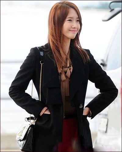 少女時代潤娥清新服飾引領韓國時尚潮