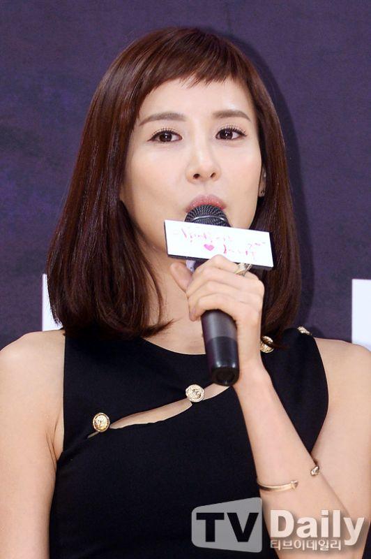 《離婚律師戀愛中》發佈會:趙茹珍被獨特角色吸引