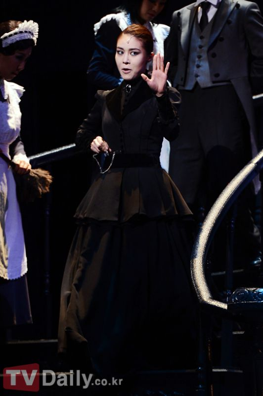 玉珠鉉與劉俊相一同出演歌舞劇《Rebecca》