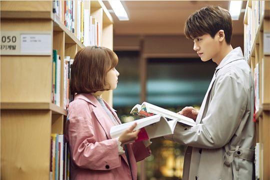 因為與朴寶英演對手戲 《花郎》男演員都超羨慕朴炯植?