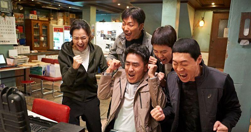 《雞不可失》超越《鳴梁》 刷新韓國影史票房收入紀錄!