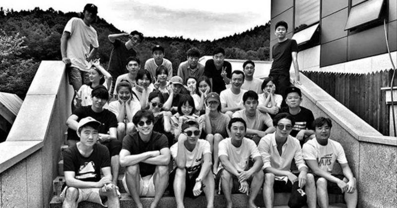已經2年了! SOOP娛樂公開家族大合照,你能認出幾個人?