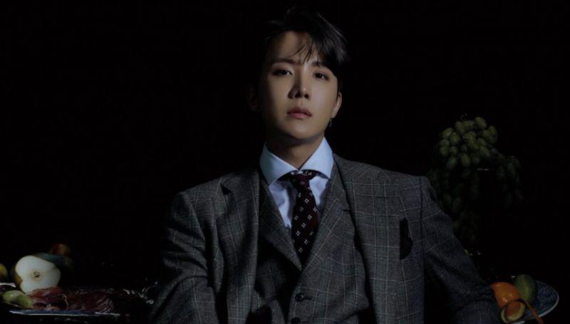 BTS防彈少年團J-Hope原來也沉迷於美甲不可自拔XD!ARMY:我想成為他的手