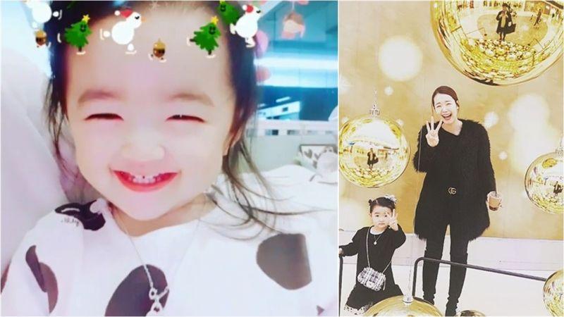苏怡贤的女儿夏恩笑得如天使般:笑眼和妈妈一模一样哦~