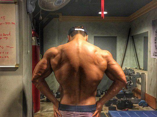 我的天啊!這就是所謂的能力者     完美肌肉身材