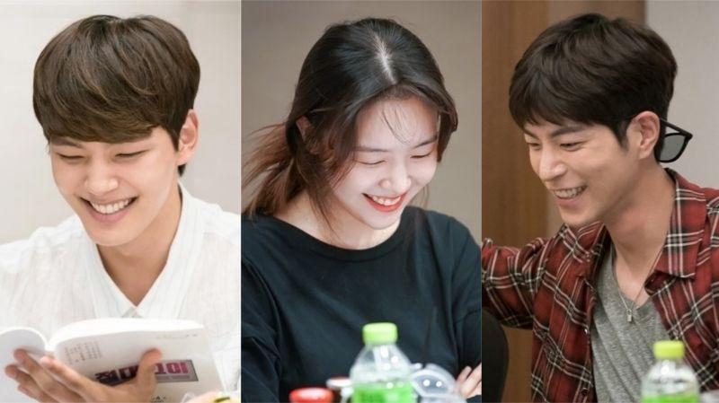 呂珍九、方珉雅、洪宗玄主演SBS《絕對達令》公開劇本閱讀照!演員們一個個綻放笑容~
