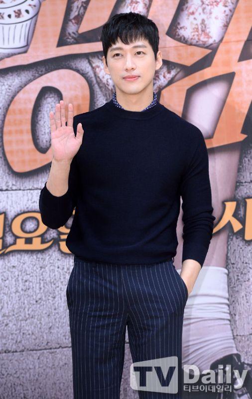南宫珉担任新节目《歌曲大战-胜负》主持人 观众超期待