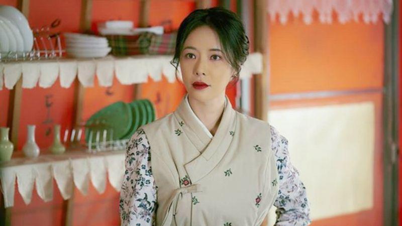 黃正音購置46.5億韓元的梨泰院豪宅,在劉亞仁家正對面