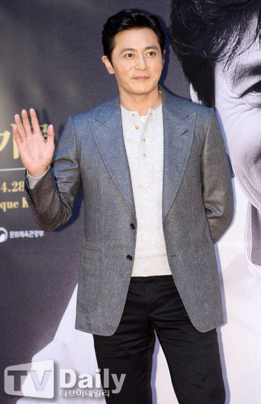 張東健有望加盟新片《猖獗》 與玄彬攜手合作