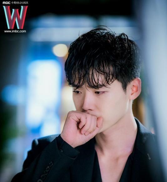 《W》李钟硕所期望的结局 「符合脉络的Sad Ending」