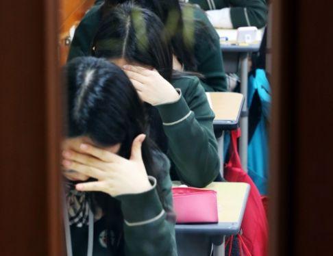 祈祷!算卦!韩国全民备战的高考原来是这个样子