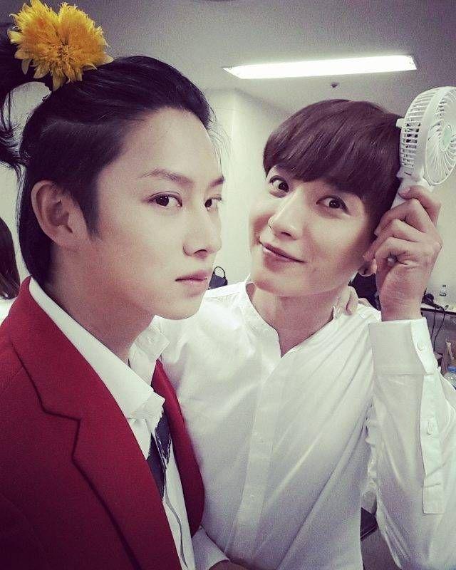SJ希澈分享与利特合照 帅气的83LINE!