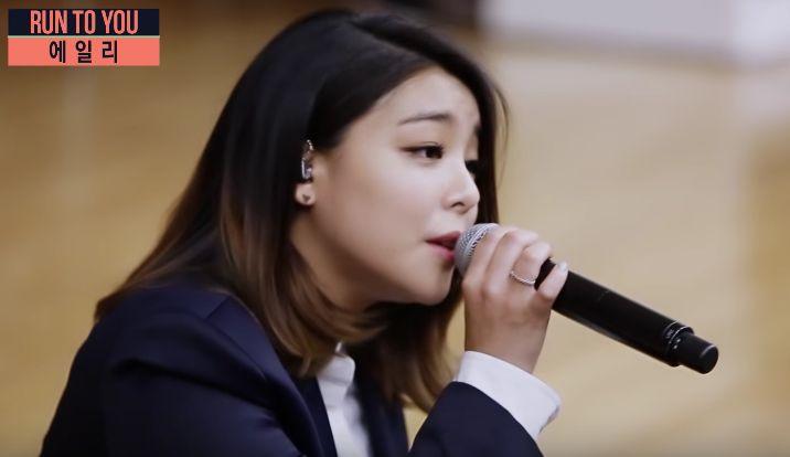 近在眼前的感动...Ailee 为学生近距离演唱鬼怪 OST