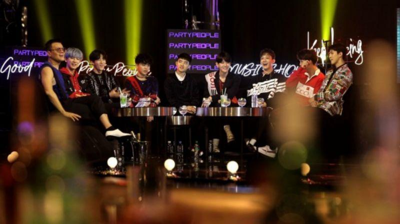 EXO今晚出击《朴轸永的Party People》 带来限定版《POWER》