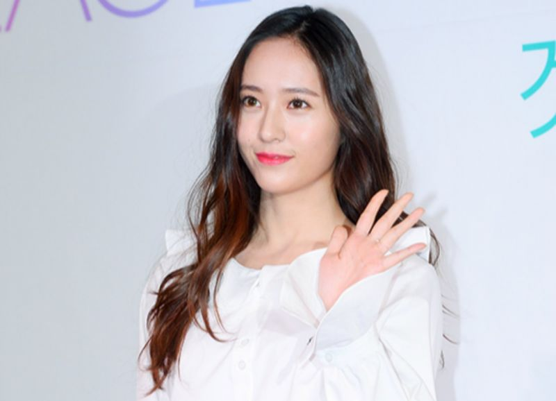 f(x) Krystal將出演《請回答》申PD新作?tvN:選角結束後再公告
