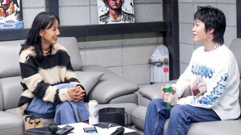 双向追星成功!BLOO和「网友」李孝利终於见面了XD