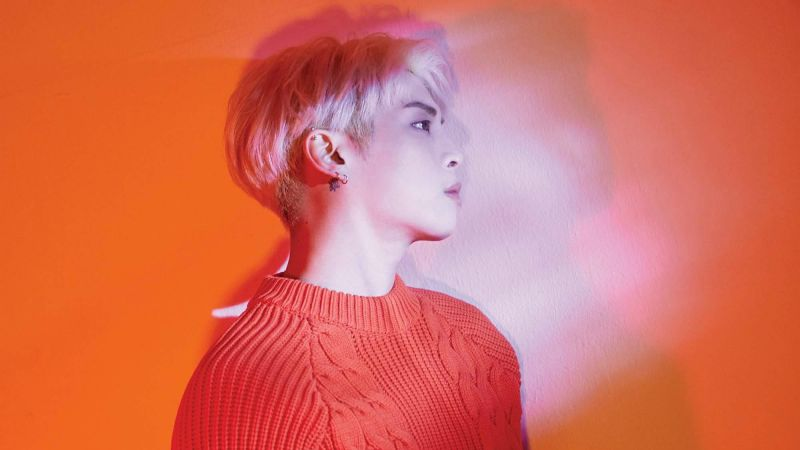 鐘鉉遺作〈Poet | Artist〉依然閃耀 登上告示牌 World Album 榜冠軍寶座!
