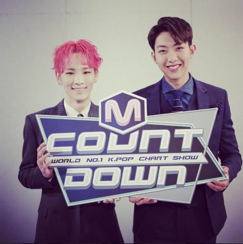 SHINee Key搭檔CNBLUE李正信主持《M Countdown》