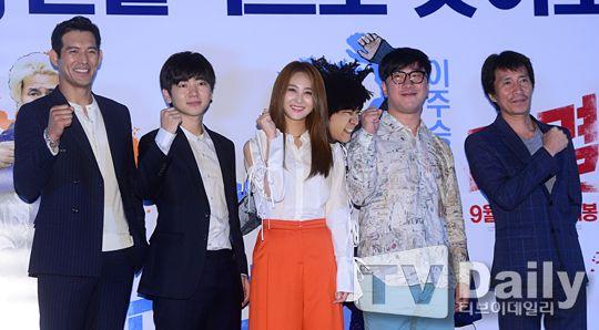吳智昊、李柱承亮相《對決》試映會