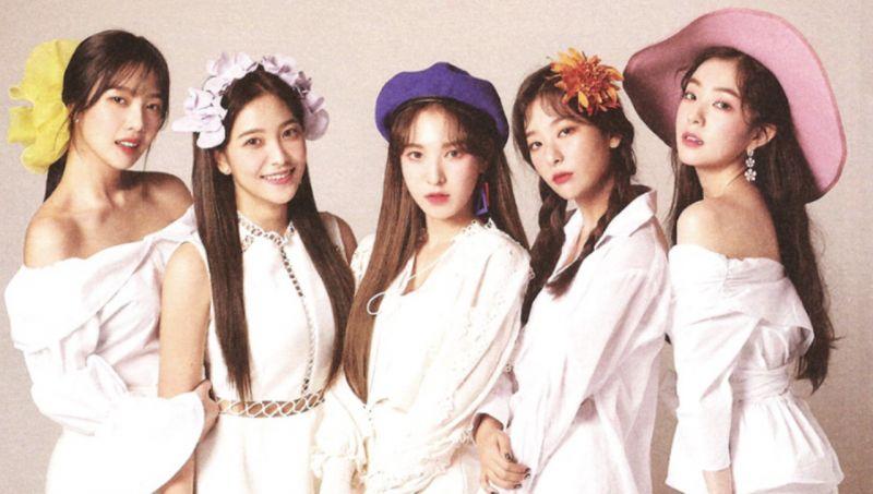 Red Velvet頒獎禮上的可愛出糗!Yeri羞得捂嘴跑下臺而Joy就全程淡定XD